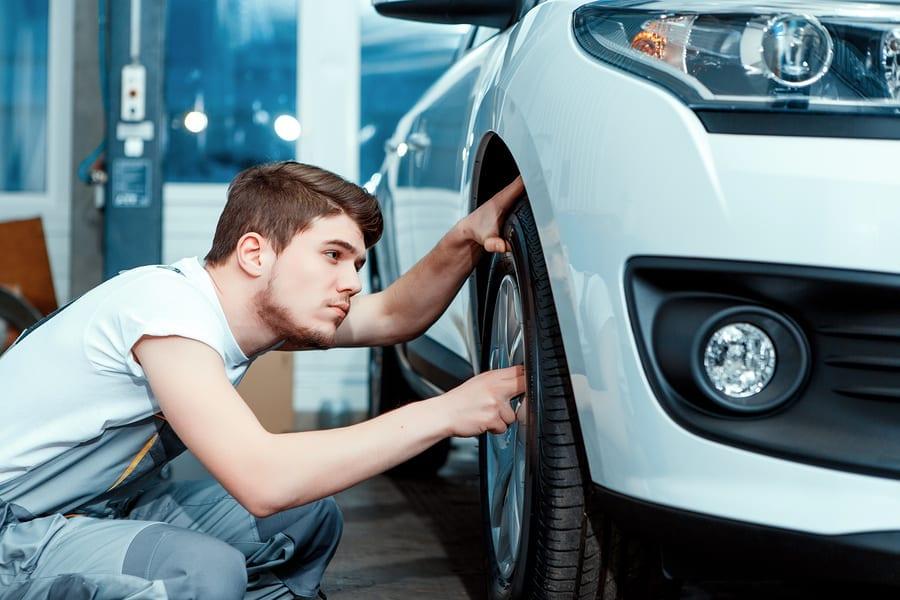Car mechanic auto insurance claims