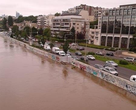 France flood insurance companies - Seine June 2016