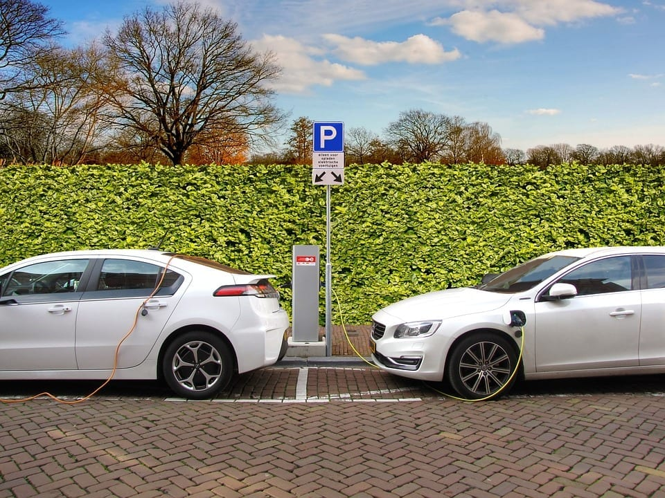 Electric car - self-driving car insurance