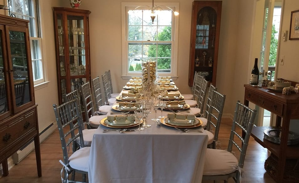 Thanksgiving safety tips - Dining Room