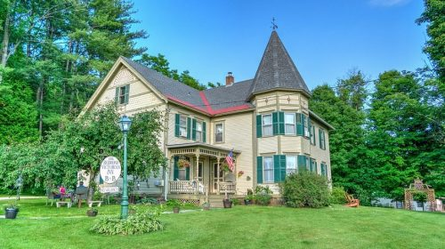 Bed and Breakfast Insurance - Victorian home