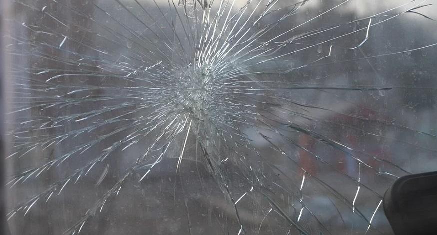 Insurance company legal - broken windshield