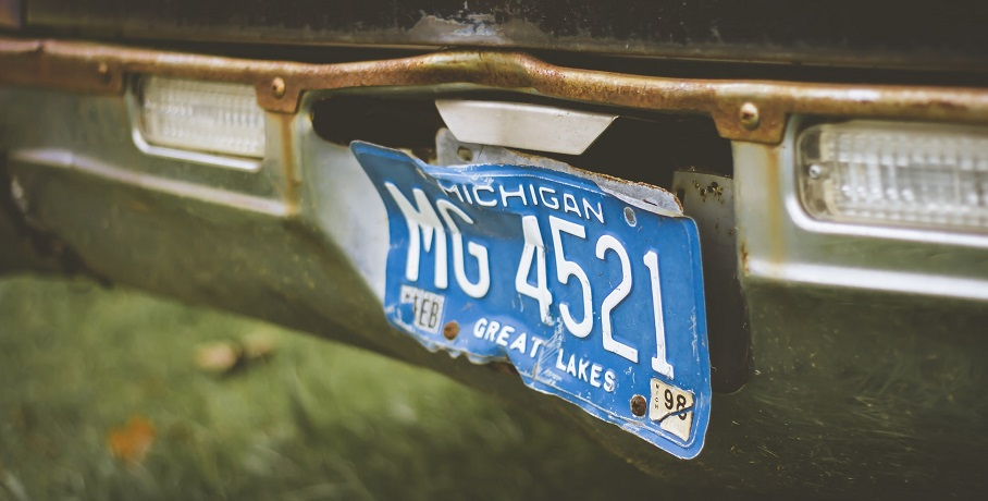 Michigan auto insurance - Michigan license plate