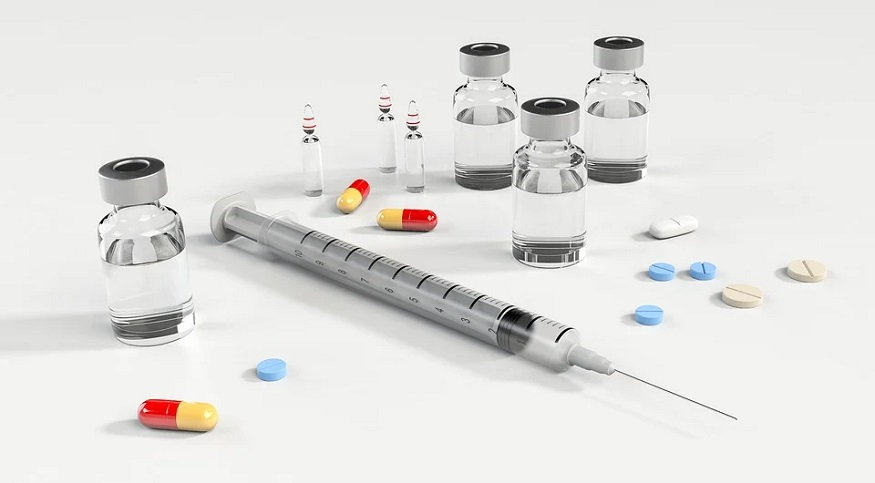 Addiction treatment insurance - syringe - pills