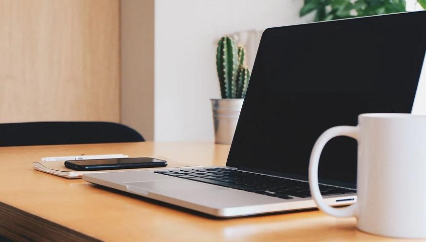 Remote insurance jobs - laptop on desk
