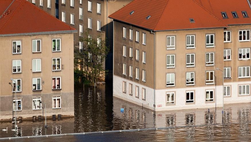 High-risk flood zones - Flooding in neighborhood