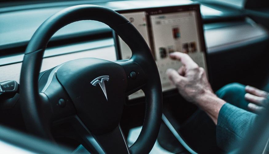 Tesla car insurance program - Tesla electric vehicle