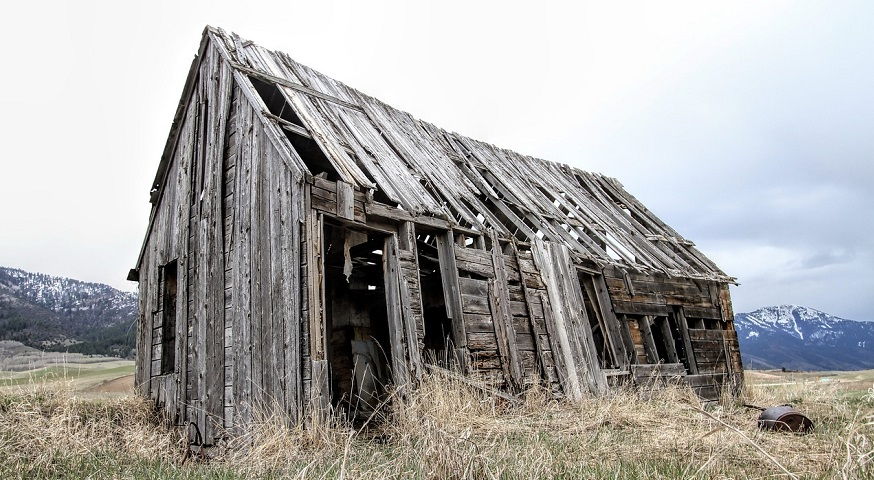 Tropical Storm Laura - Old Farm House in Decay
