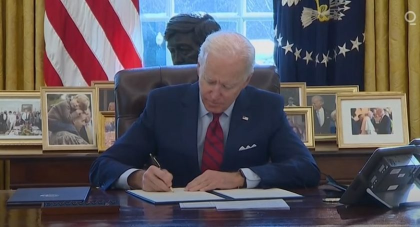 Online health insurance -US President Joe Biden Signs Orders to Reopen Obamacare Enrollment, Review Trump Health Policies - YouTube