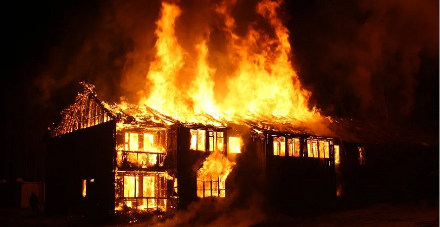 Mercury homeowners insurance - house on fire