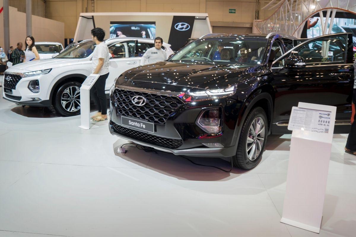 Electric vehicle insurance - Hyundai Santa Fe