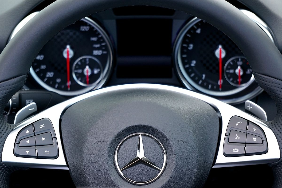 Luxury vehicle insurance - Mercedes steering wheel