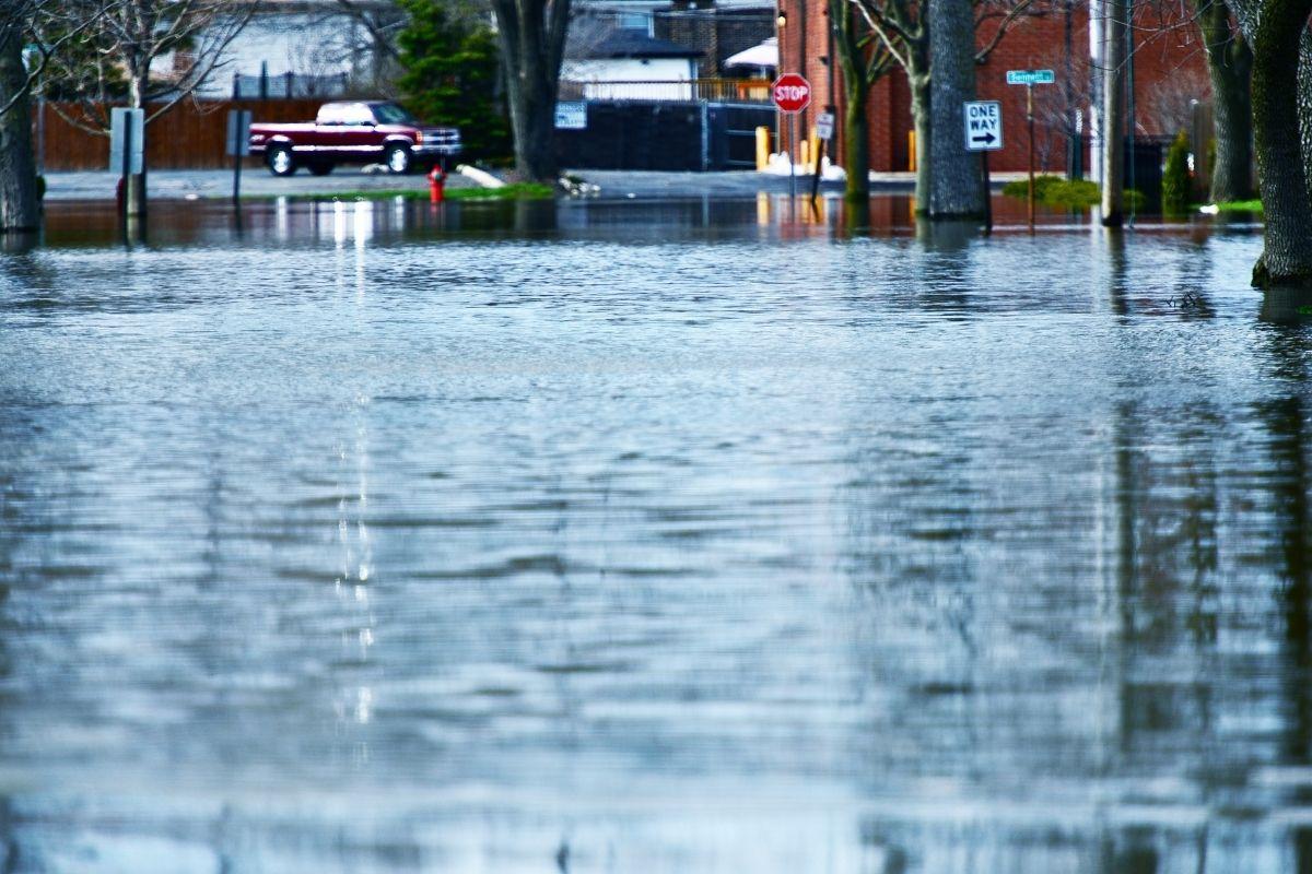 Insurance companies - Flooding
