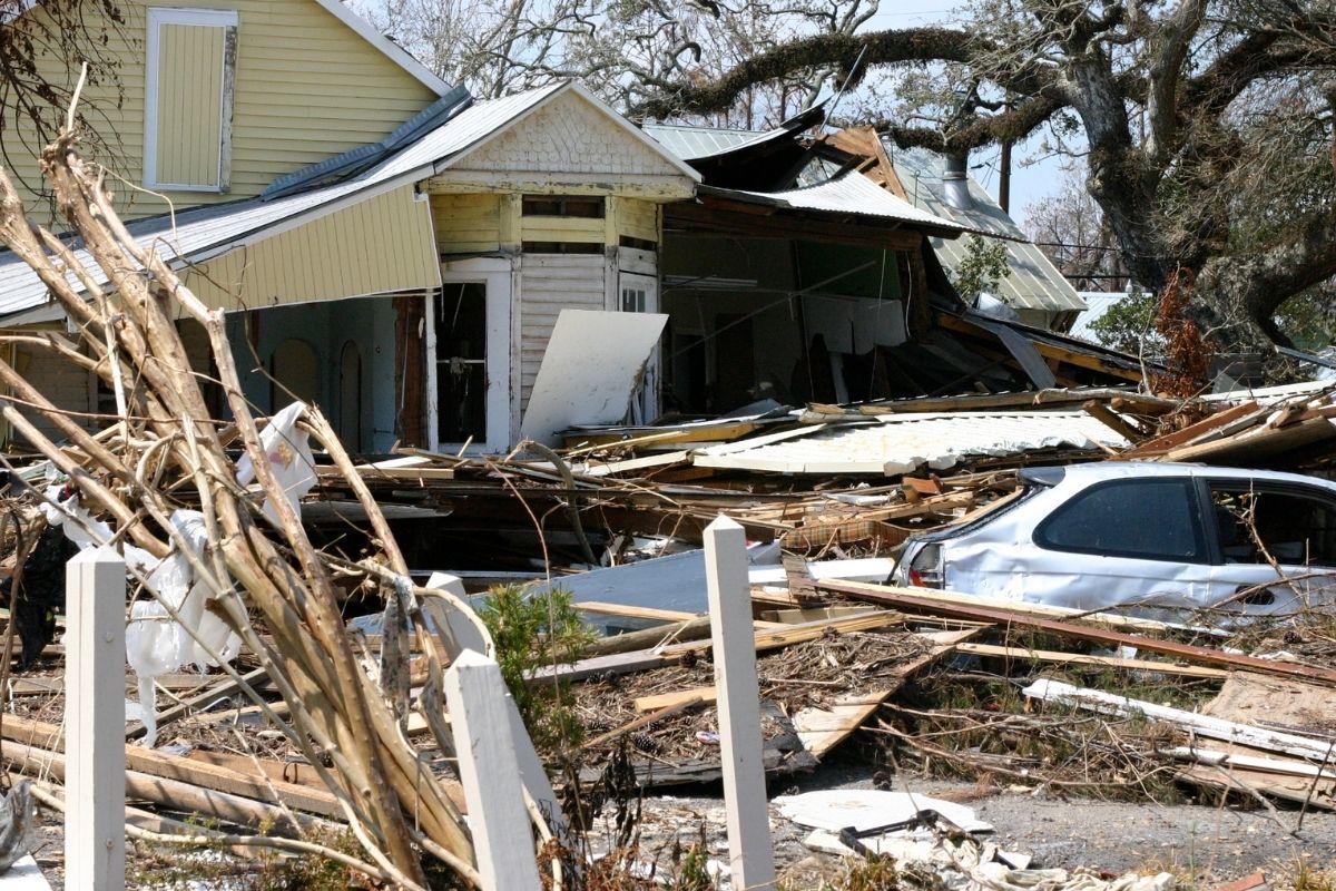 Insurance companies - hurricane damage
