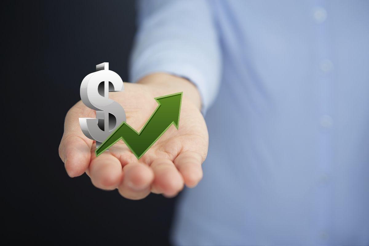 Insurance job starting salaries - increase in money