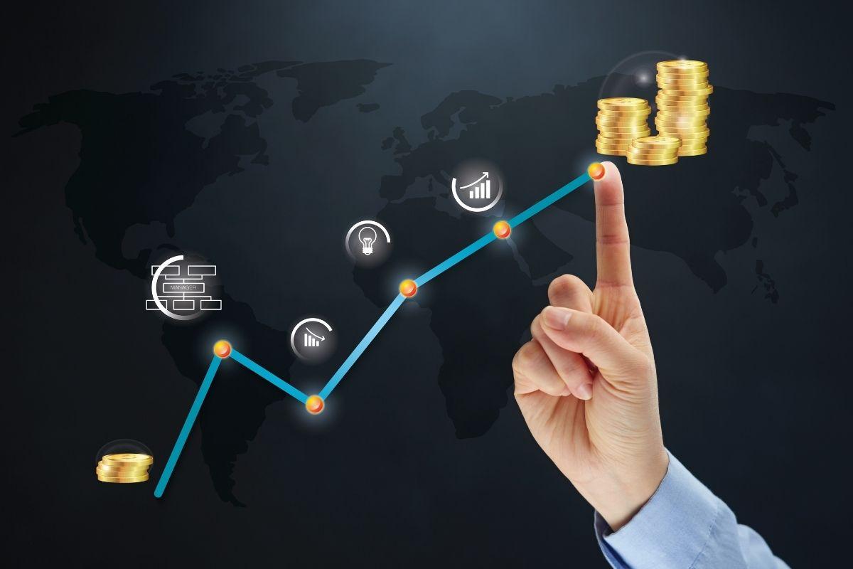 Insurance job starting salaries - report - salary increase
